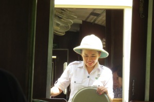 Pith helmet. The works.